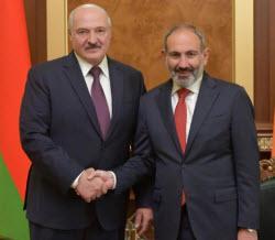 Лукашенко Пашинян